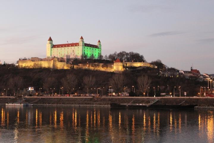 bratislava-by-night-11